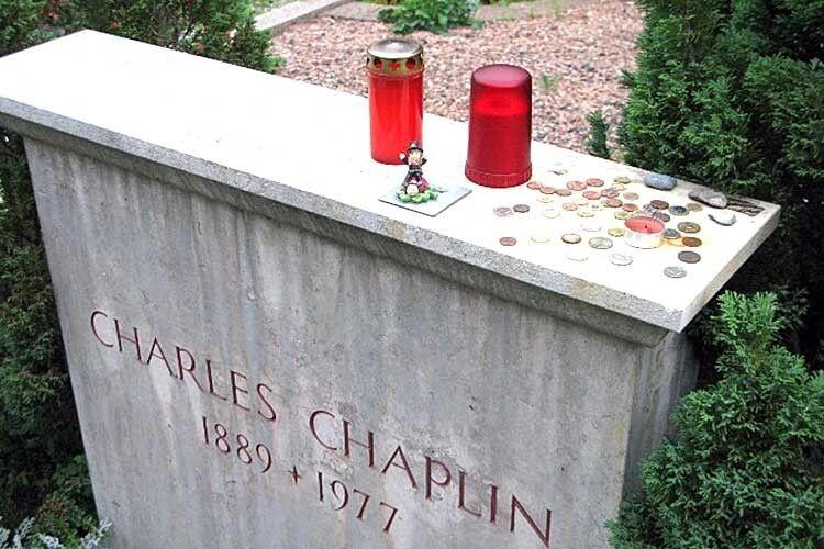 За труну зтілом Чарлі Чапліна викрадачі вимагали викуп у600тисяч