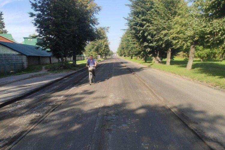 У Луцьку почали реконструкцію дороги, яку не ремонтували понад 20 років