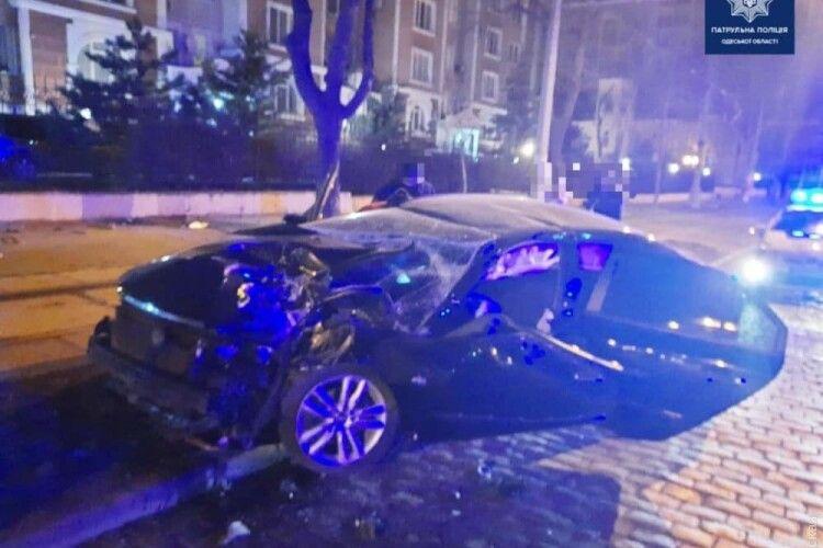 В Одесі в аварії постраждала волинянка: дівчина в комі і потребує допомоги (Фото)