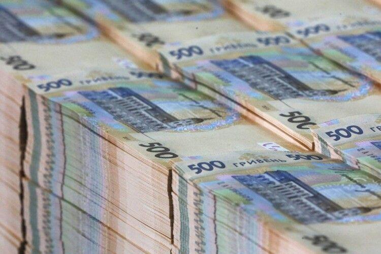 Яку зарплату у березні нарахували голові Волинської ОДА
