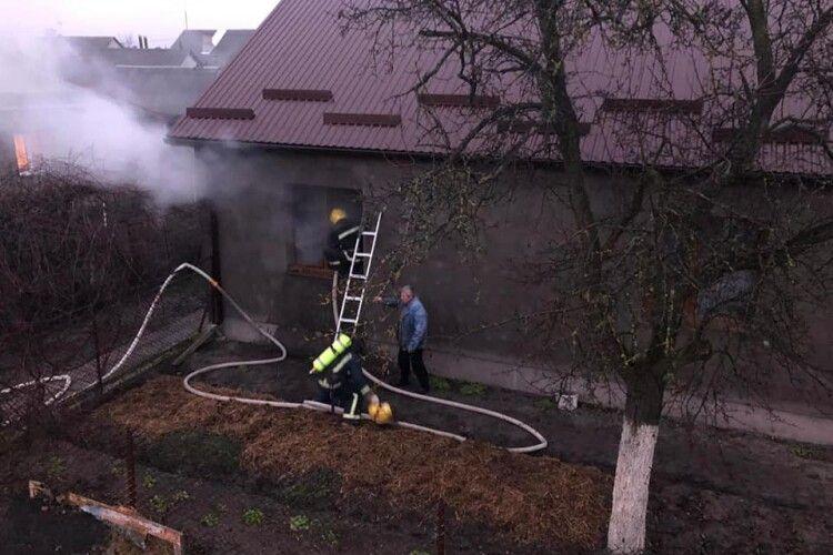 На Рівненщині чоловік облився бензином і підпалив себе