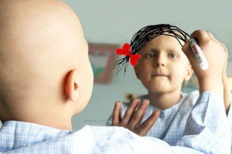 Віддам коси наперуки для онкохворих