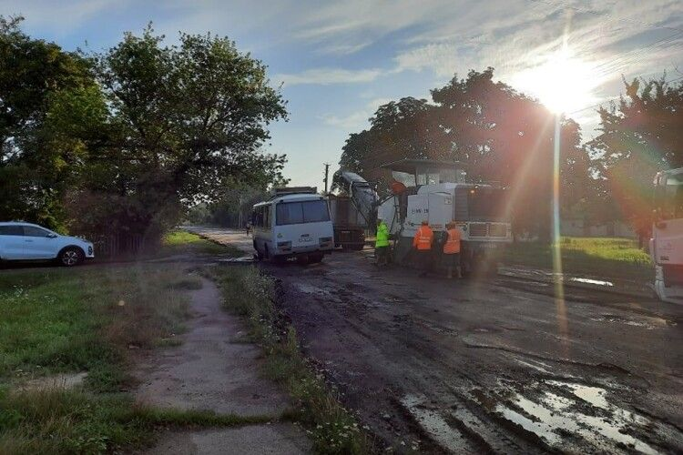 Почали ремонтувати дорогу Рожище - Сокіл (Фото)