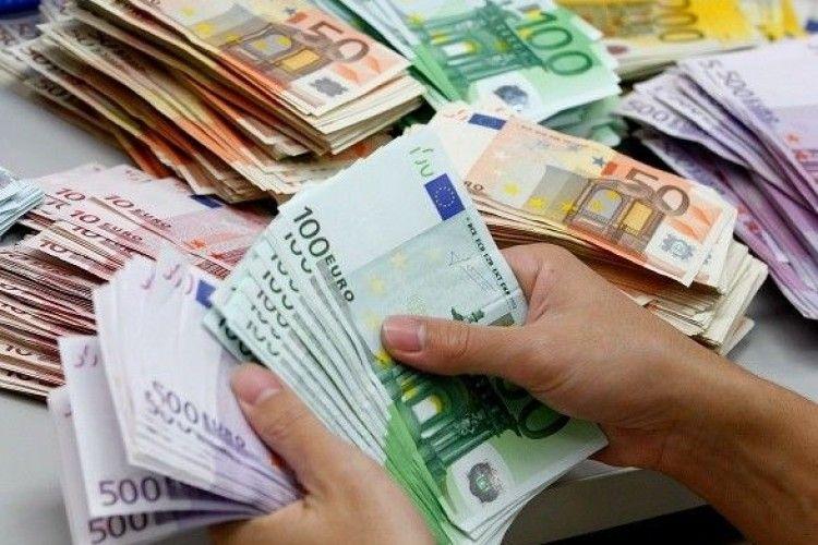 Європарламент підтримав виділення Україні мільярда євро