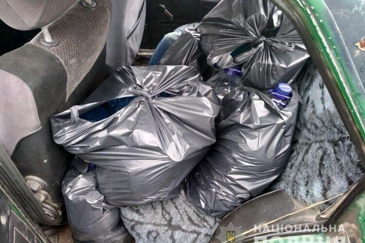 В авто ковельчанина поліцейські знайшли 100 літрів спирту