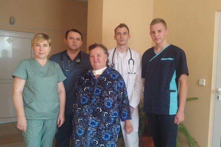 Волинянка з важкими супутніми хворобами здолала COVID-19 і подякувала лікарям