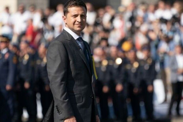 Зеленський порівняв Крим і Донбас з двома дітьми, яких викрав сусід (Відео)