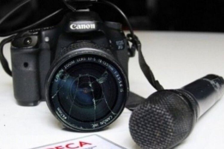 В Україні посилили покарання за перешкоджання журналістам
