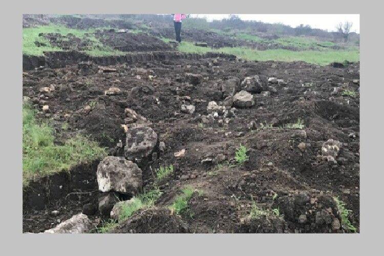 «Чорні копачі» розрили пам'ятку археології античної доби (Відео)