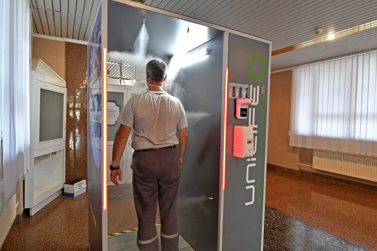 Коронавірус: для працівників Рівненської атомної звели спеціальний тунель