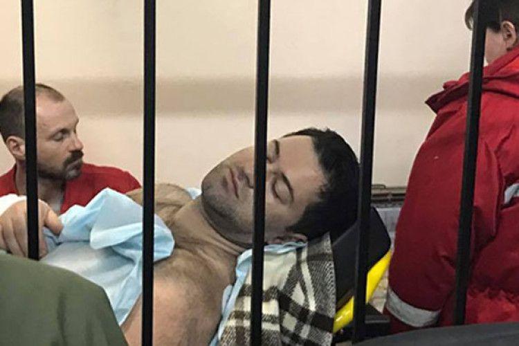 Ледь не «погорів»: «умираючий» Насіров, почувши, що вільний, хотів встати і піти…