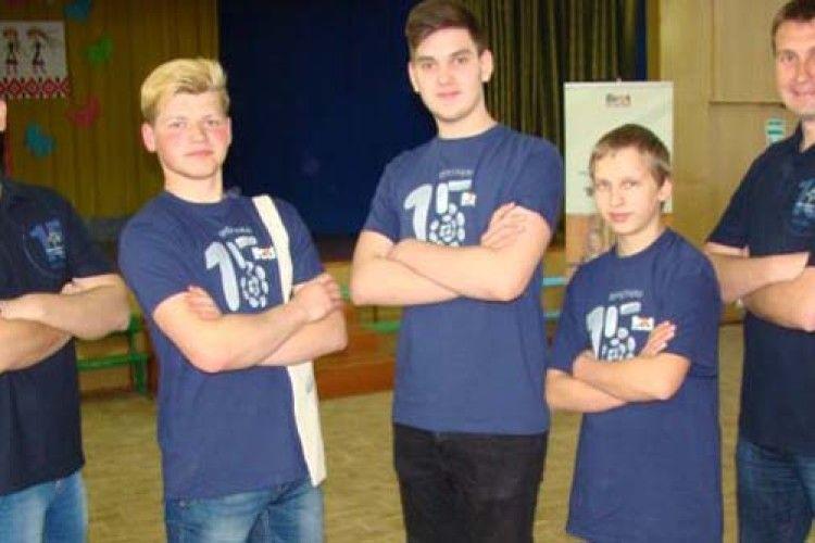 У Луцьку фінішувала «Програма 15»: тепер діти знають відповіді на незручні питання
