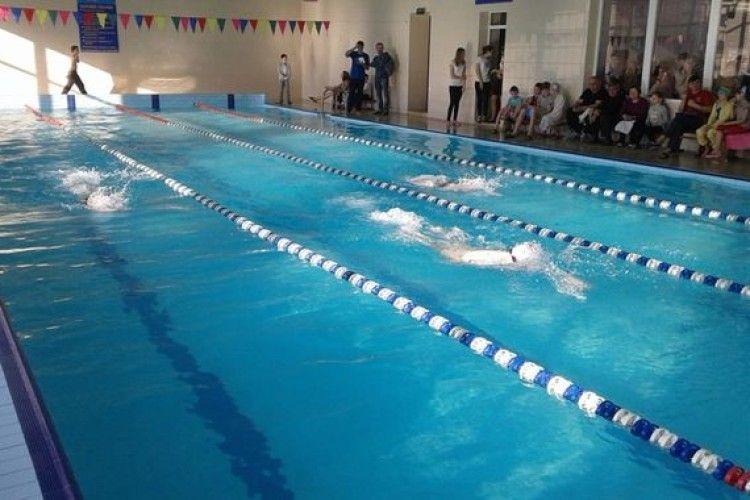 Ковельські спортсмени - вправні плавці