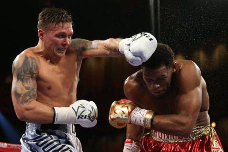 Українські боксери Усик і Гвоздик здобули впевнені перемоги у США (Відео)