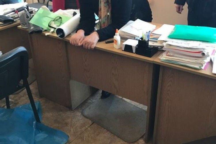 Голову МСЕК взяли на хабарі – вимагала 4 тисячі за «групу інвалідності» (фото)