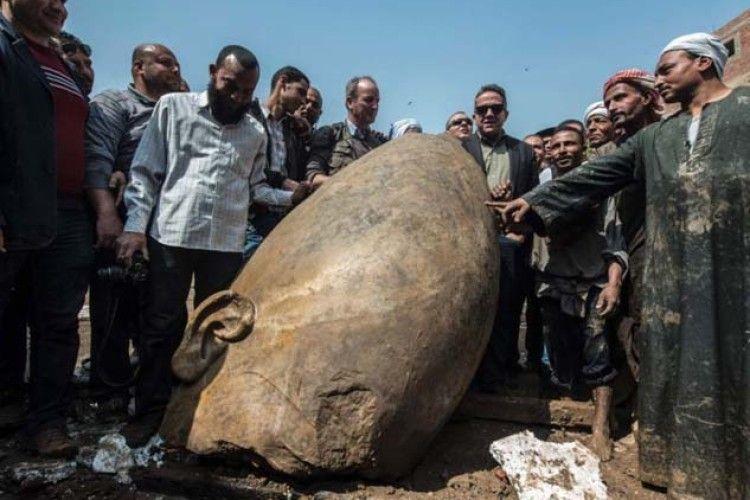 В Єгипті знайшли величезну статую фараона