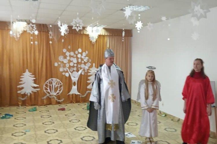 Турійські школи взяли участь у районному святі для дітей сиріт (Фото)