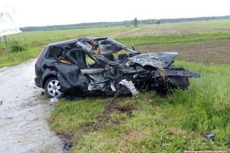 Мешканці Рівненщини потрапили в аварію в сусідній області (Фото)