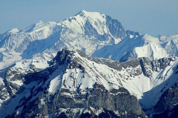 Висота гори Монблан зменшилася на один метр