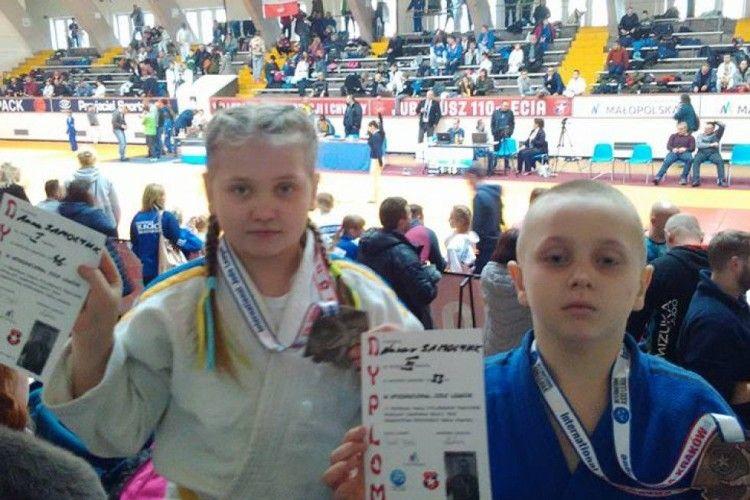 Шацькі дзюдоїсти повернулись із польського Кракова з медалями
