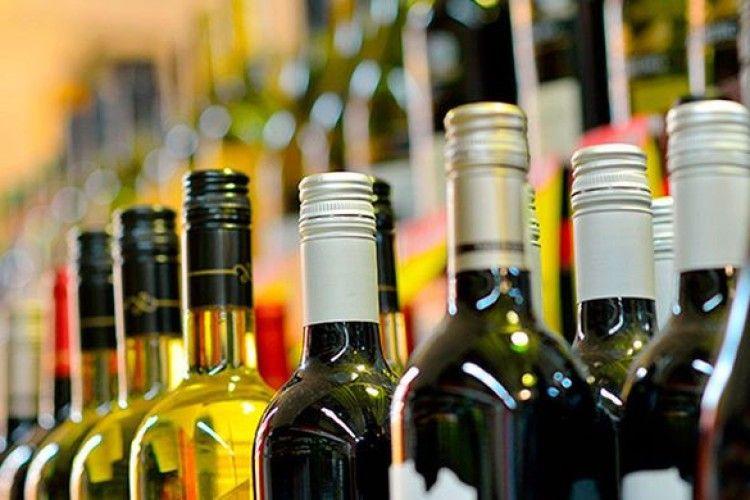 У Росії згорів величезний склад алкоголю