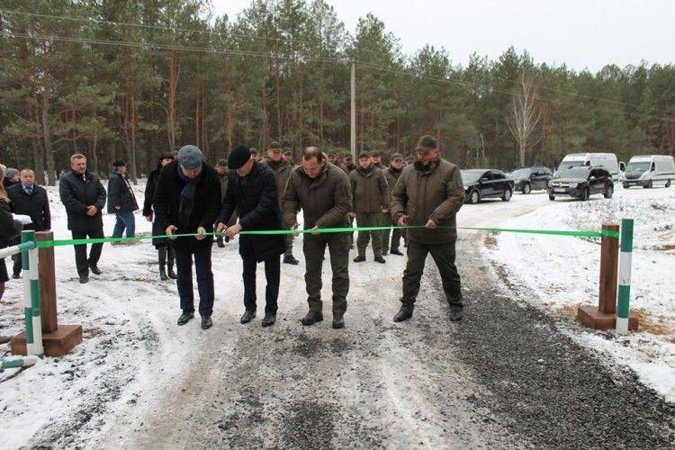 Волинські лісівники збудували вісім кілометрів лісової дороги