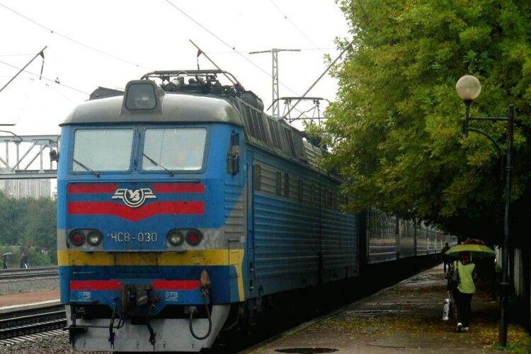 На одній станції відновлять посадку на ковельські потяги