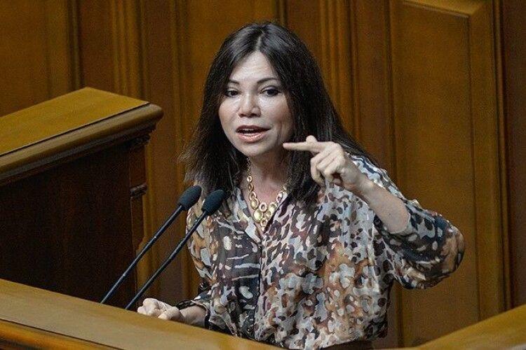 Вікторія Сюмар: за 2,5 роки влада Зеленського привела Україну до ситуації, коли він буде випрошувати в Путіна не тільки зустріч, а й енергоносії