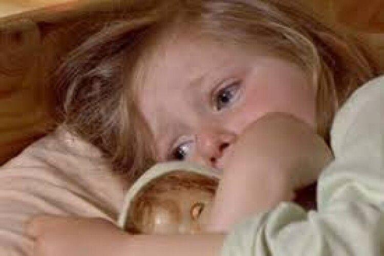 На Рівненщині через батьків-алкоголіків голодують і страждають маленькі діти