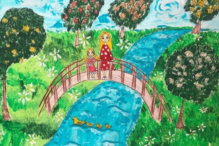 У Луцьку визначають переможця конкурсу «Весна і мама – дві краплини сонця» (Фото)