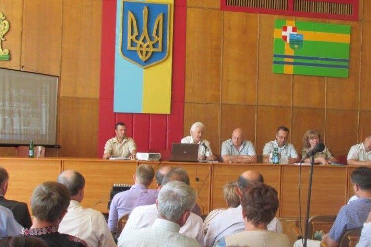 На нараді у Камінь-Каширському районі вирішили посилити роз'яснення щодо реформи місцевого самоврядування