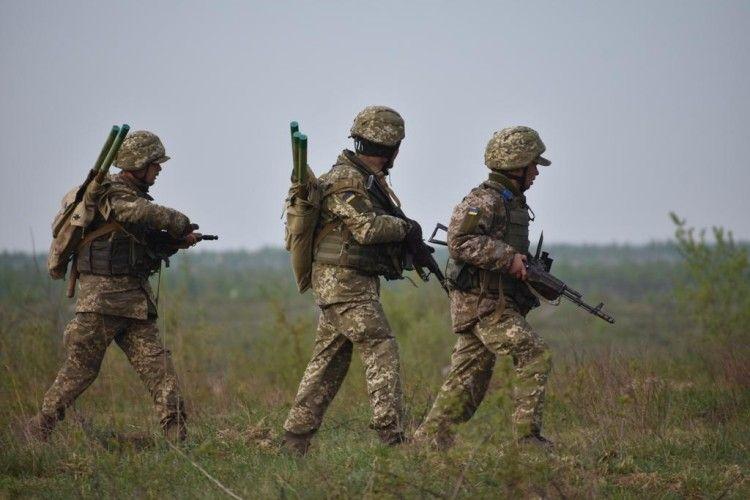 Запеклі бої під Горлівкою: українці своїх поранених не кидають – на відміну від росіян...