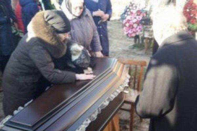 Сусіди розповіли про Юрія Россошанського. Кажуть, не міг вбити