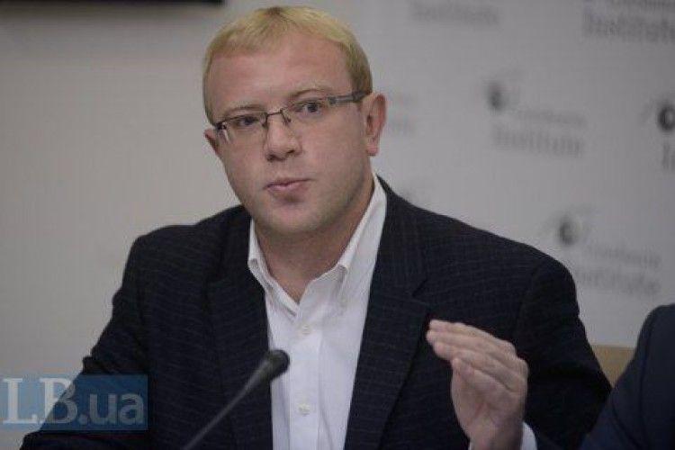 Посол України в Канаді спростував продаж земельної ділянки в Криму за російськими законами