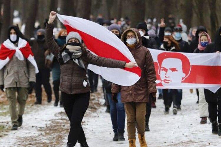 У Білорусі на протестувальників накладатимуть штрафи до 900 євро і більше