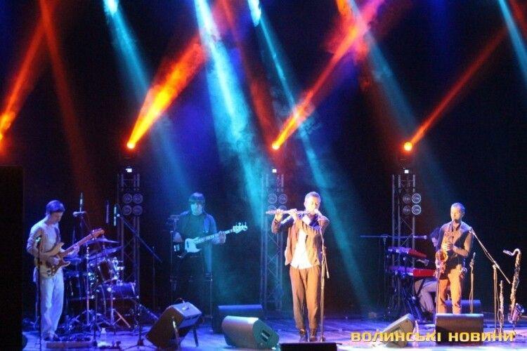 У відомого українського співака виявили рідкісну хворобу