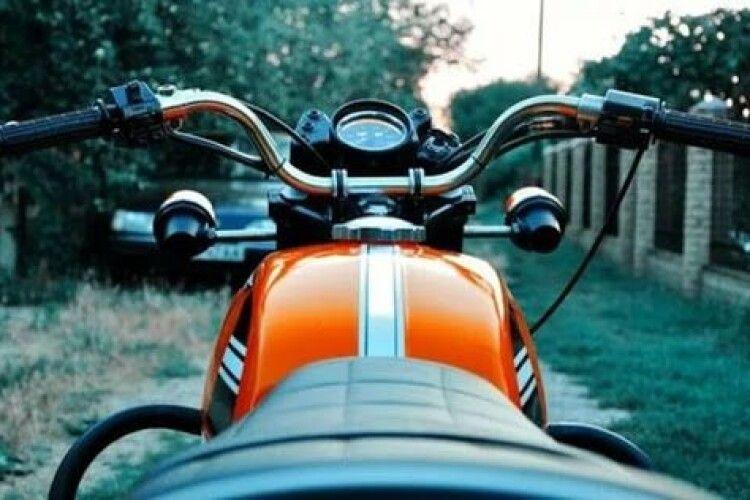 Волинянин позичив у товариша мотоцикла покататись і продав