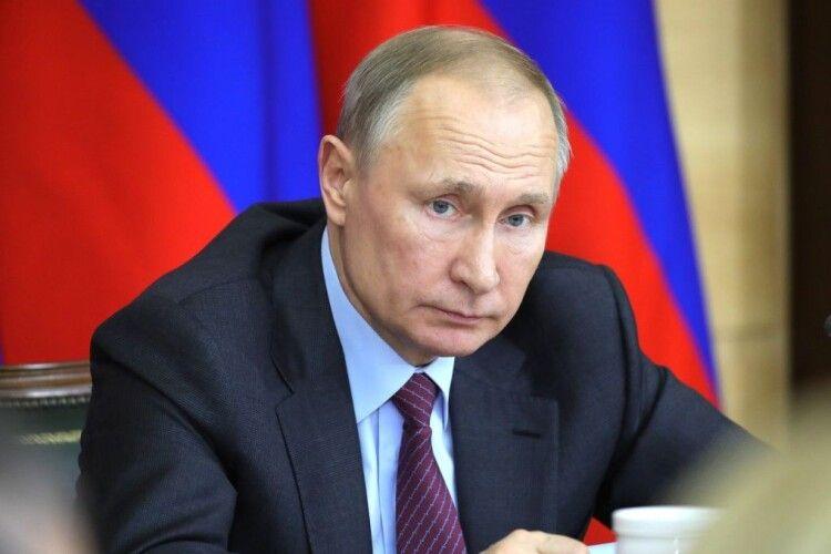 Пахне провалом: на «парад Перемоги» до Москви приїде лише жменька президентів із держав пострадянського простору