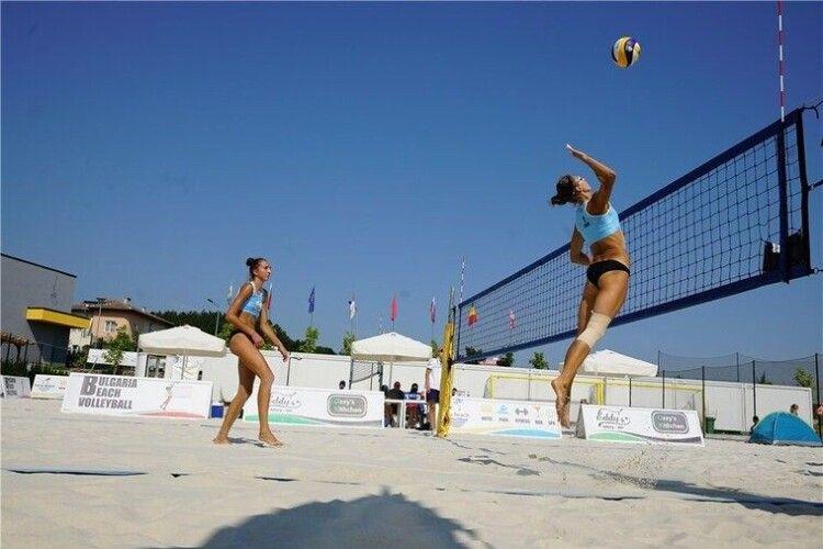 Українські пляжниці вийшли у чвертьфінал Світового туру