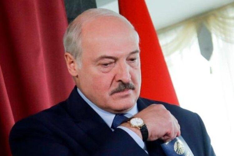 Після розгону протестів Лукашенко нагородив сотні міліціонерів