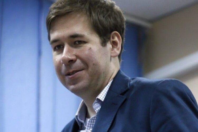 Адвокат Порошенка Новіков: сторона Гордона затягує розгляд позову про недостовірну інформацію, суд переніс засідання на 11 листопада