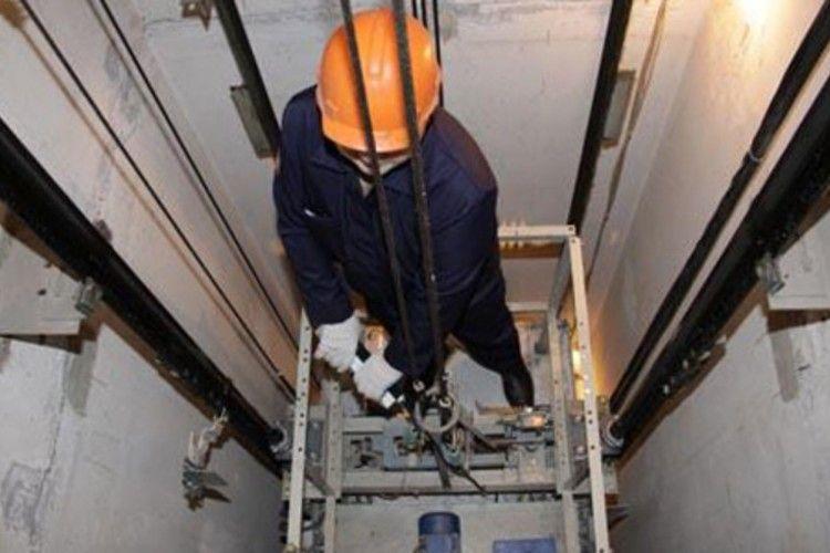 У Луцьку найближчим часом капітально відремонтують 50 ліфтів