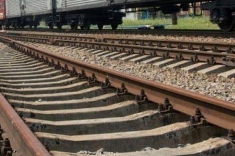 30-річний чоловік загинув під поїздом поблизу Львова