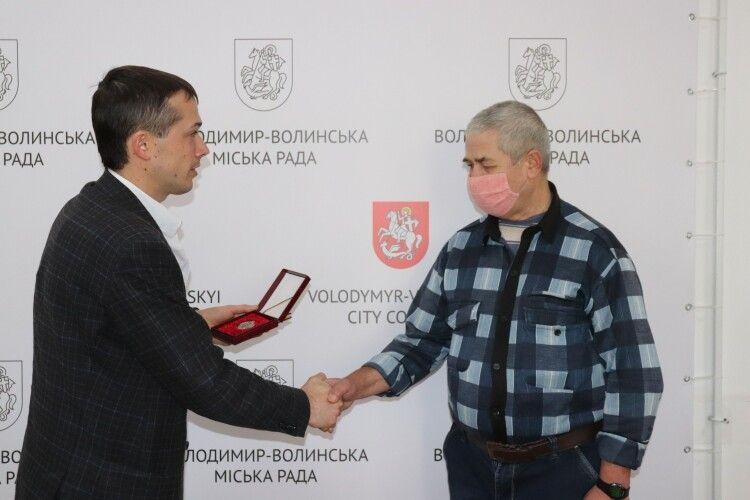 Волинянин отримав нагороду «Заслужений донор України»