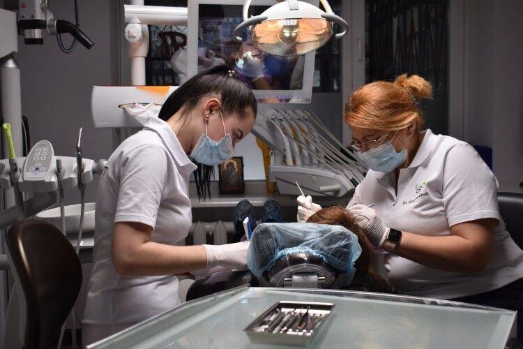 У місті на Волині до малят, що потребують особливої уваги, прилетіли справжні зубні феї (Фото)