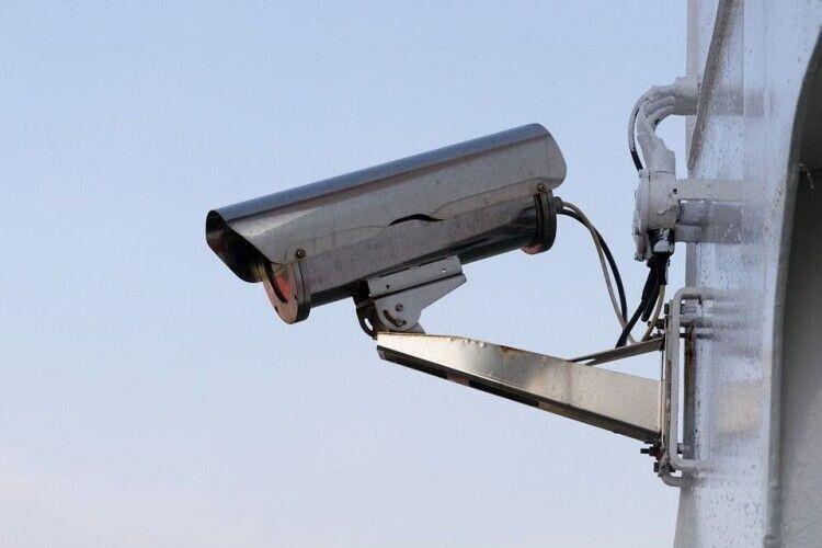 У місті на Волині з'ясовують, чому камери відеоспостереження, встановлені за гроші платників податків, не працюють