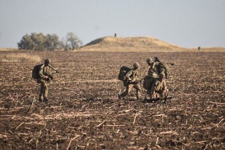 На Донбасі застрелили військового