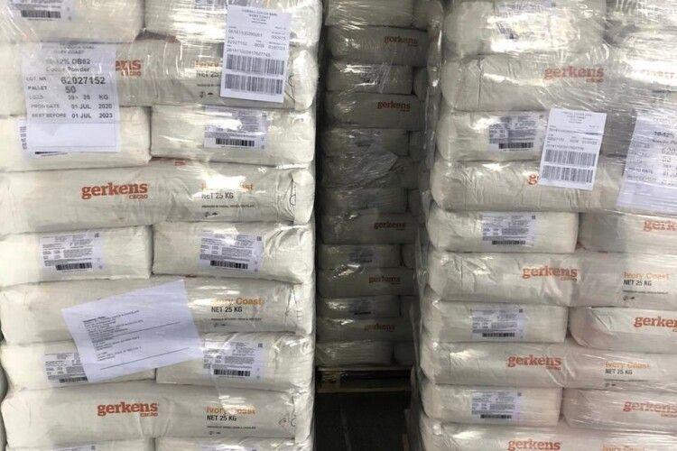На Волині прикордонники запобігли контрабанді какао з ЄС на майже 5 мільйонів гривень