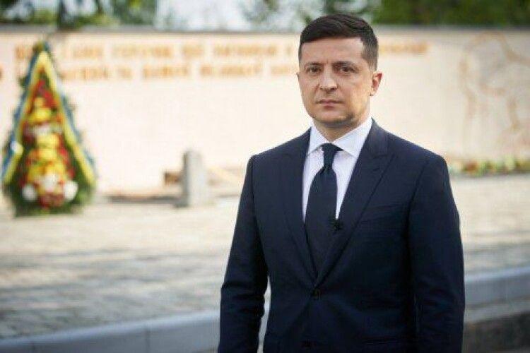 Зеленський хоче встановити в різних частинах України чотири дзвони як символ єдності