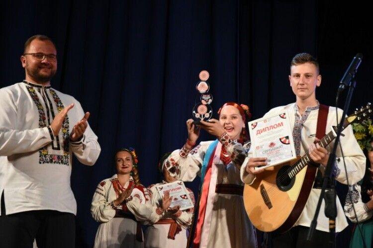 Сім'я Шульгачів взяла Гран-Прі у великому конкурсі Луцької громади